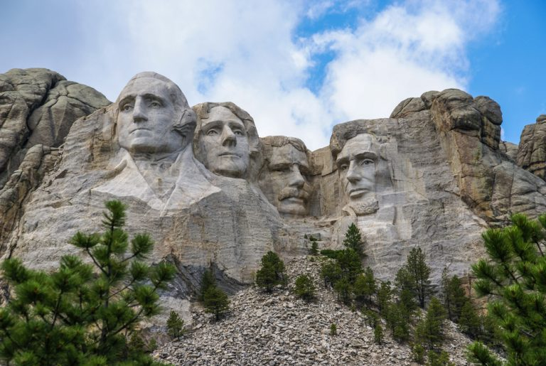 Mount Rushmore carvings of four US presidents.