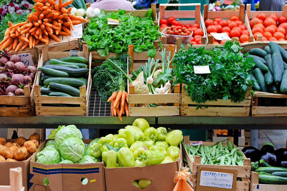 Fresh fruit and vegetables at the farmers' market.
