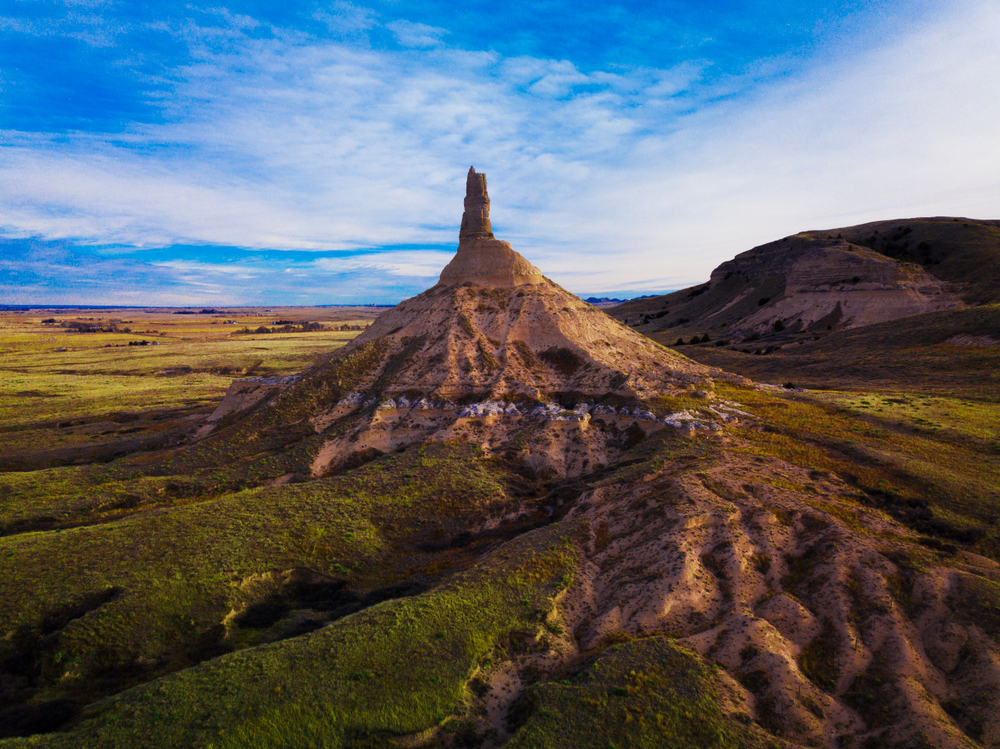 Rock formation in the shape of chimney things to do in nebraska
