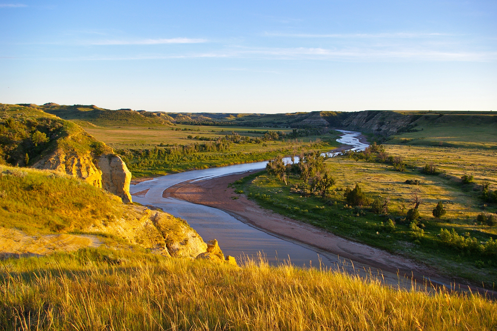 River surrounded vegetation on both sides things to do in north dakota